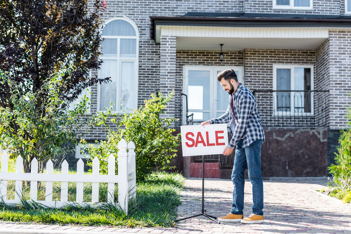 Cons of Selling Your Current Home First
